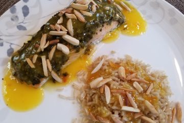Salmon with pesto and orange sauce