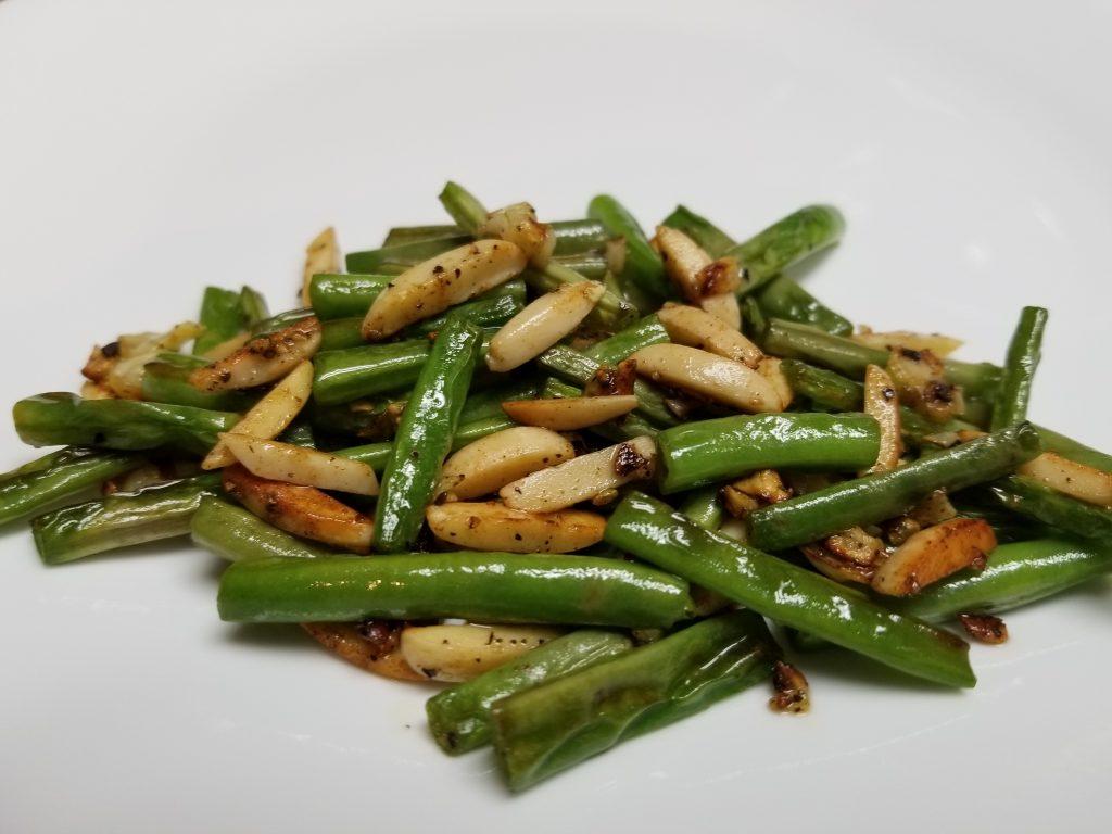 Almond Garlic Green Beans